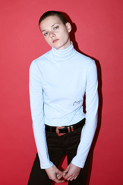LOGO TURTLENECK (LIGHT BLUE)