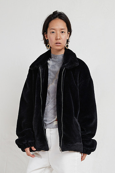 FAKE FUR JACKET (BLACK)