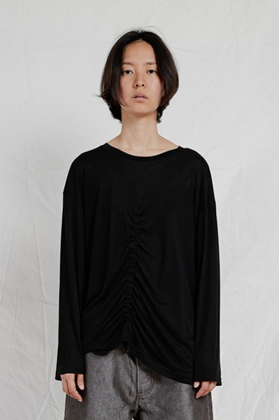 LONG SLEEVE SHIRRING TOP (BLACK)