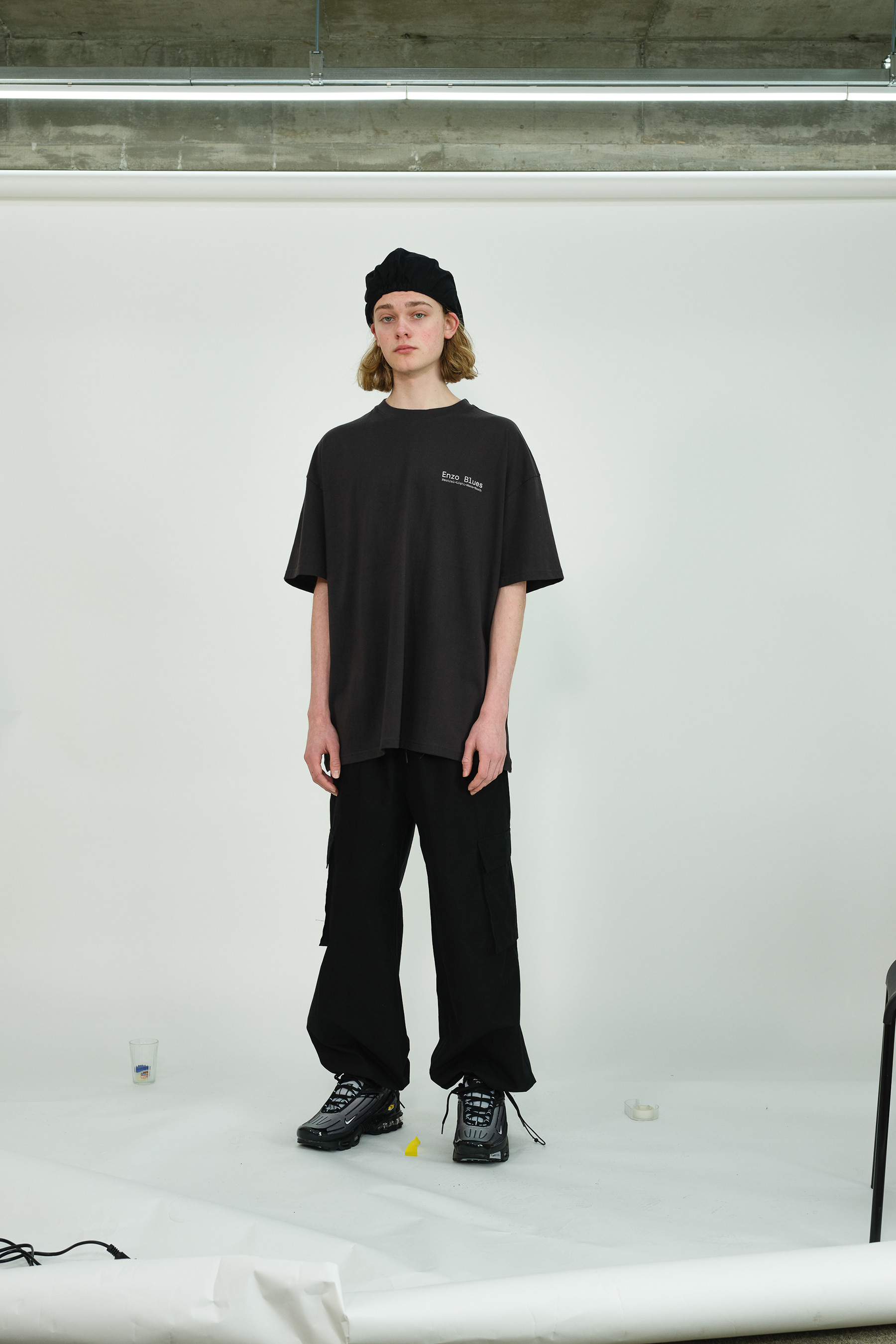 Wide Cargo Jogger Pants (Black)